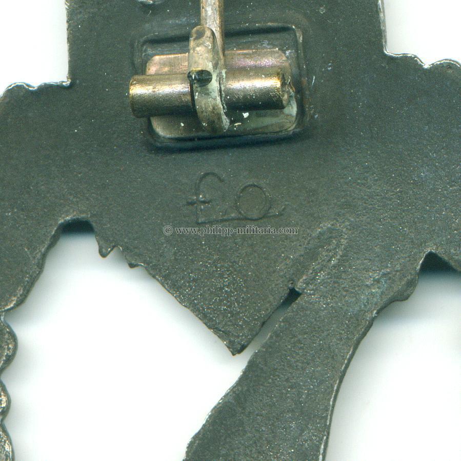 Infanterie Sturmabzeichen in Silber mit Hersteller